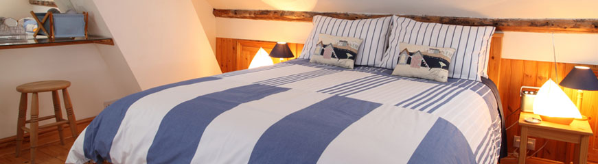 Self catering holiday cottage bedroom